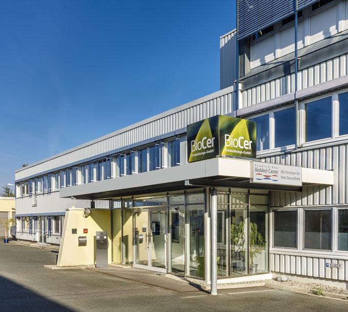 BioCer Firmengebäude von außen | BioCer