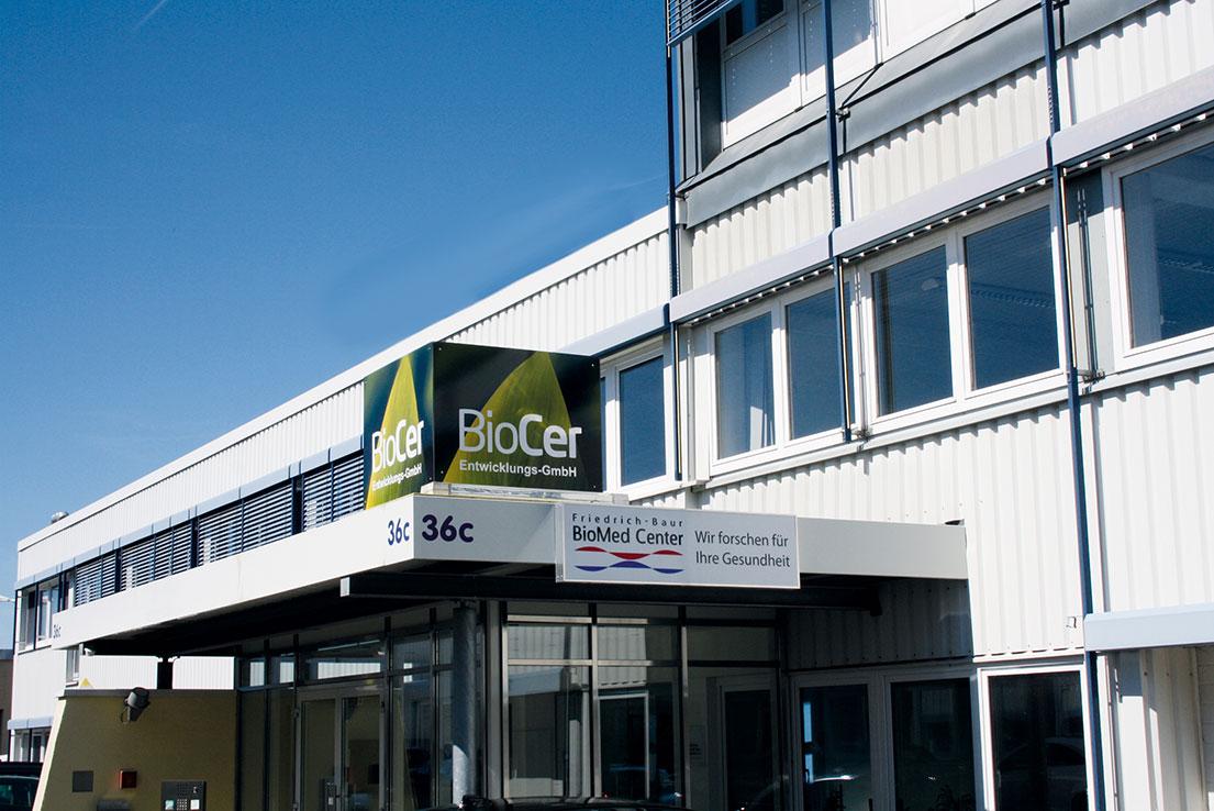BioCer Gebäude des Unternehmen von außen | BioCer